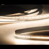LED-Streifen Warmweiß 5 Meter 30 Watt 6 W/m 900 LED 3000 Lumen 24V Chip SMD2216